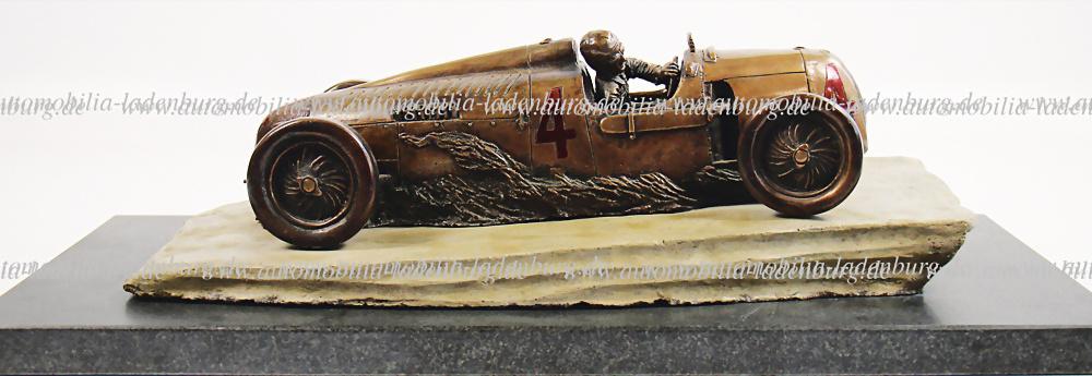 Nr. 3076 - Auto Union Bronzeskulptur von Henk Kolk