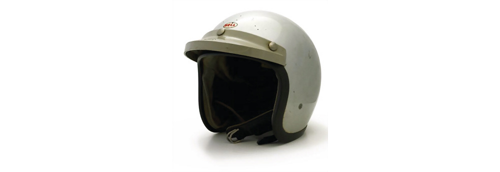 Helm Ferrari, Lorenzo Bandini, 1964 bis 1967, Helm wurde im neuen Ferrari Museum in Maranello von 2010 bis 2011 ausgestellt