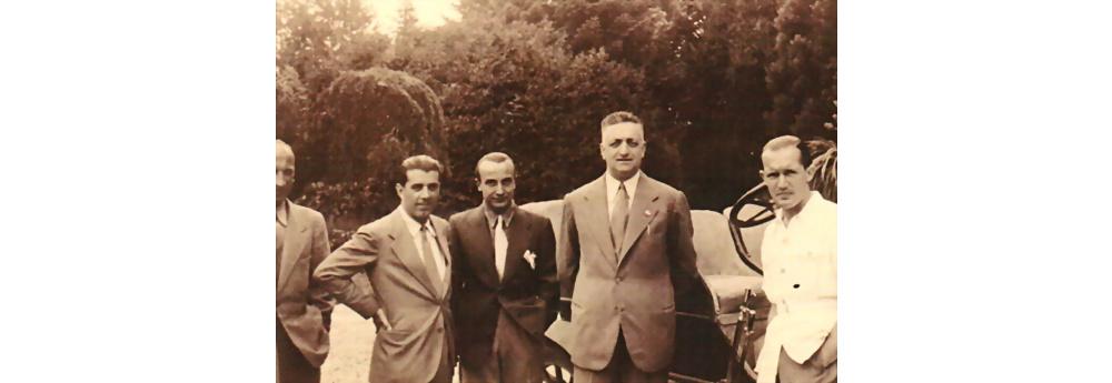 Original s/w Aufnahme Enzo Ferrari, Carlo Maria Pintacuda