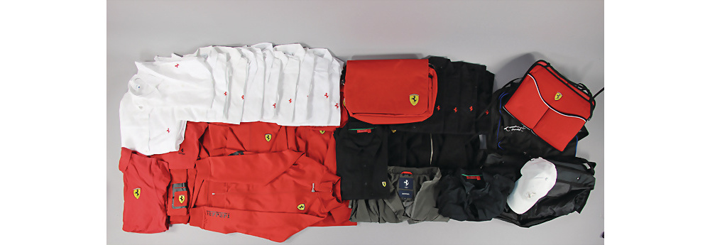 Nr. 7046 - Ferrari,Konv. 33tlg., Bekleidung, darunter z. B. Ferrari Sakko, Jackett, Polohemden, Oberhemden